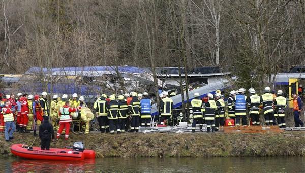 Bavaria train crash,Bavaria train crash in southern Germany,Bavaria train,German train crash,southern German,Germany train,Bavaria