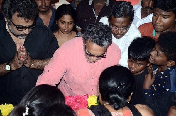 Kumarimuthu,actor Kumarimuthu,last respect to Kumarimuthu,Senthil,Poochi Murugan,Nassar,kumarimuthu dies death,tamil actor kumarimuthu,kumarimuthu passes away,kumarimuthu