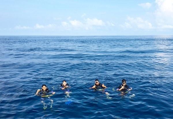 Nagarjuna,Naga Chaitanya,Akhil,scuba diving,Akkineni Nagarjuna,Nagarjuna in Maldives,Akkineni Nagarjuna goes scuba diving with sons in Maldives