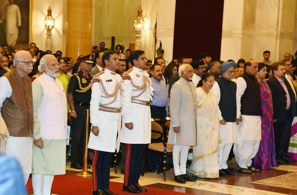Padma Awards 2016,Padma Awards,Ajay Devgn,Anupam Kher,Madhur Bhandarkar,Dhirubhai Ambani,Vinod Rai,Padma Awards event,President Pranab Mukherjee,Pranab Mukherjee,Modi,Narendra Modi