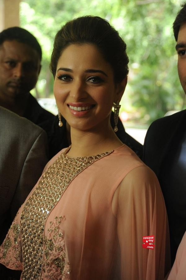 Tamannaah Bhatia Lauches Her Jewellery Brand Wite Amp Gold Photos Images Gallery 4015