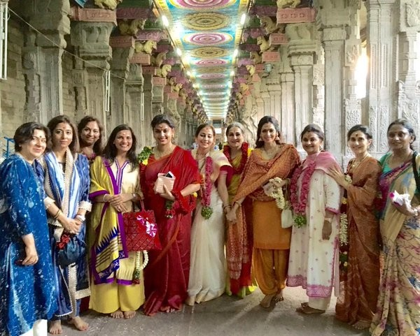 Sridevi Boney Kapoor,Sridevi Boney Kapoor visits Meenakshi Temple on Tamil New Year,Sridevi Boney Kapoor visits Meenakshi Temple,Sridevi visits Meenakshi Amman Temple,Meenakshi Amman Temple