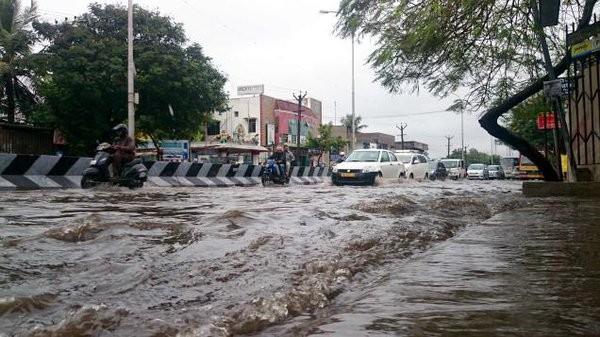 Chennai,Chennai rain,Heavy rain Chennai,Chennai floods,Chennai flood,Heavy rainfall in Tamil Nadu,Heavy rainfall in Chennai