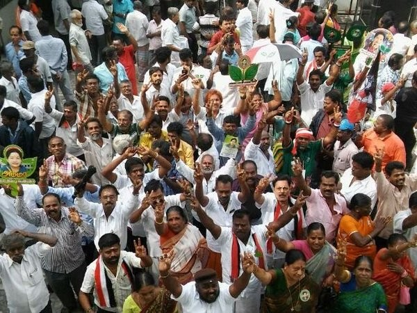 Tamil Nadu Assembly elections,Tamil Nadu Assembly elections 2016,Tamil Nadu Assembly elections live,live Tamil Nadu Assembly elections,Tamil Nadu Assembly elections result,Jayalalithaa,Karunanidhi,Vijayakanth,AIADMK supporters,AIADMK
