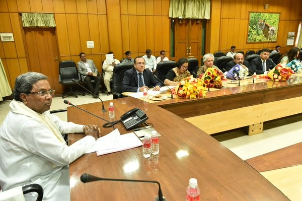 Siddaramaiah,Chief Minister Siddaramaiah,Siddaramaiah invites senior diplomats,Siddaramaiah invites senior diplomats to promote Karnataka,senior Indian diplomats,J.S. Mukul,Nandini Singla,Ruchi Ganashyam,Radhika L. Lokesh,Vikram K. Doraiswamy,Gaurav Shres