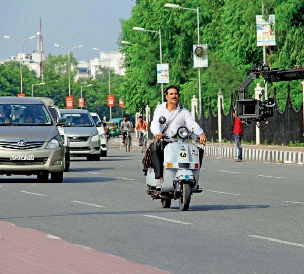 Akshay Kumar And Huma Qureshi Kickstart Lucknow Schedule