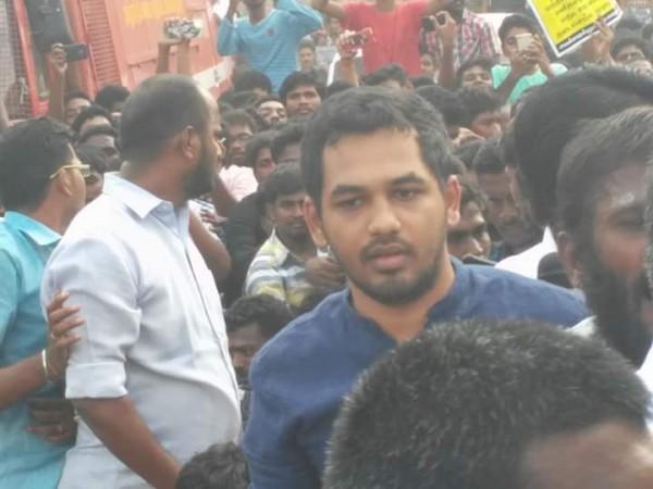 Hiphop Tamizha Aadhi At Jallikattu Protest Photos Images Gallery 57558