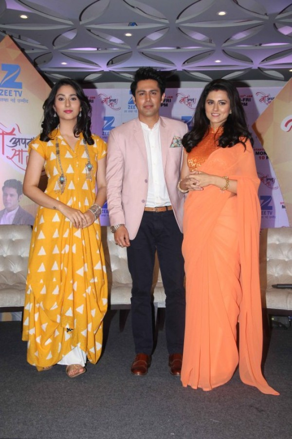 Launch Of Zee Tv New Show Woh Apna Sa Photos Images Gallery 57761
