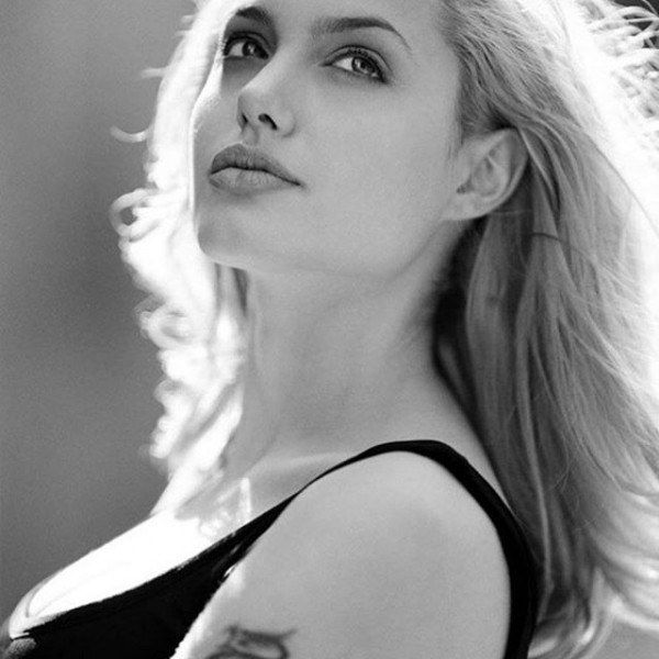 Angelina Jolie's latest Instagram photos - Photos,Images ... Angelina Jolie Instagram