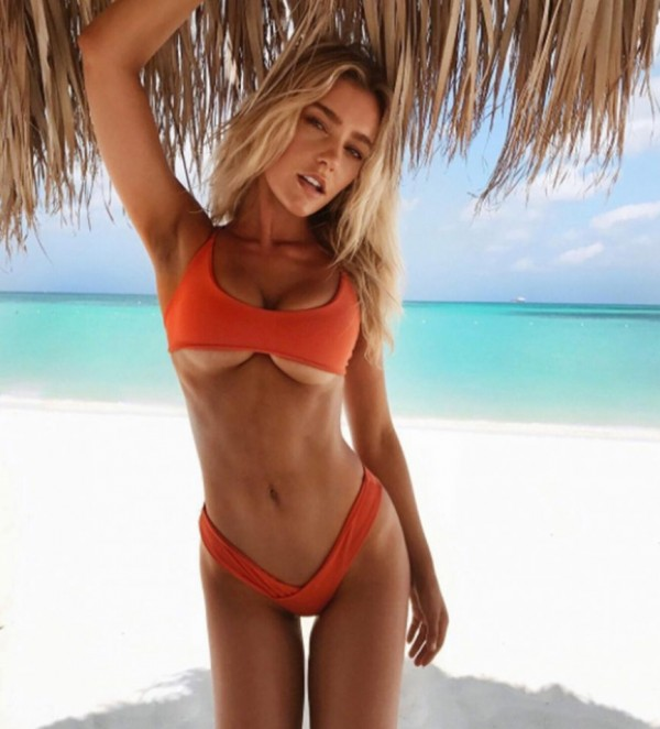 Georgia Gibbs Cleavage Nude Photos 53