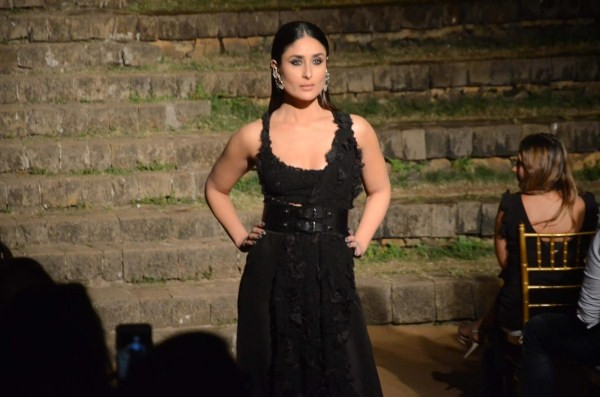 Kareena Kapoor Khan,Kareena Kapoor Khan looks pristine,Kareena Kapoor Khan at LFW finale,LFW finale,Lakme Fashion Week,Lakme Fashion Week 2018