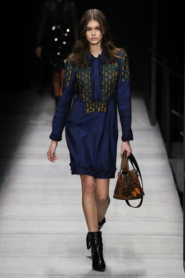 Kaia Gerber Steals The Show While Catwalking At Bottega