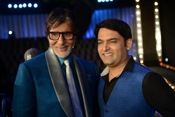 Amitabh Bachchan with Kapil Sharma at the launch of 'KBC 8' in Surat
