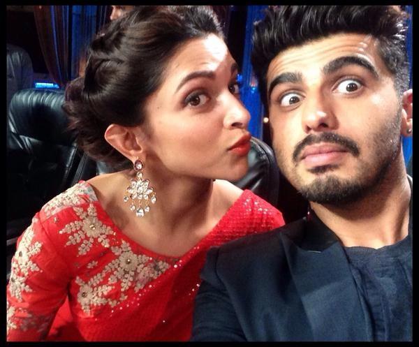 Arjun Kapoor, Deepika Padukone promote 'Finding Fanny' on 'Cinestars ki Khoj'