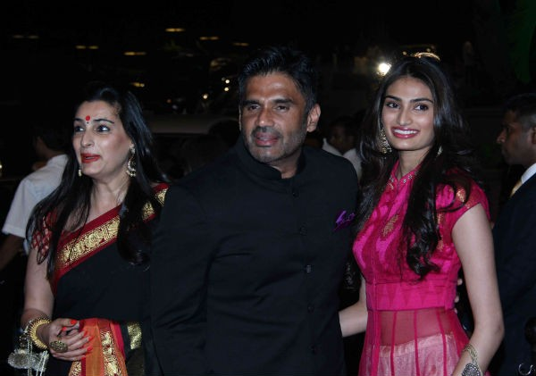Suneil Shetty at Arpita Khan's Wedding Reception