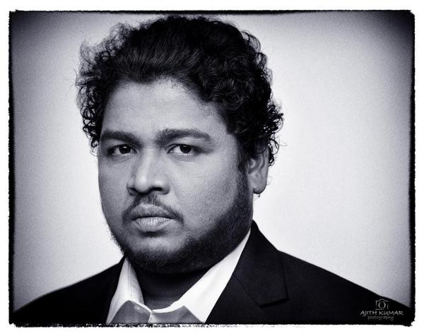 Ajith Turns Photographer for Appukutty