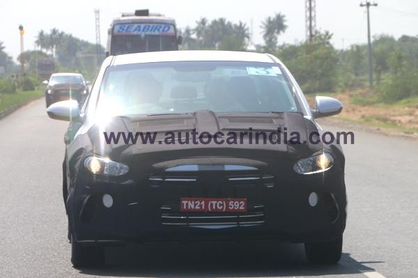 New Hyundai Elantra sedan spied testing in India