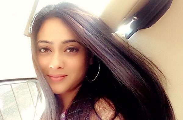 Check out Shweta Tiwari baby shower photos. Pictured: Shweta Tiwari