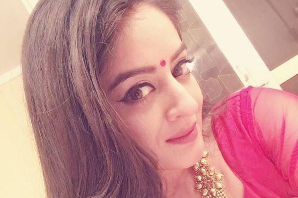 """Balika Vadhu"" to end on a happy note. Pictured: ""Balika Vadhu"" actress Mahhi Vij aka Nandini"