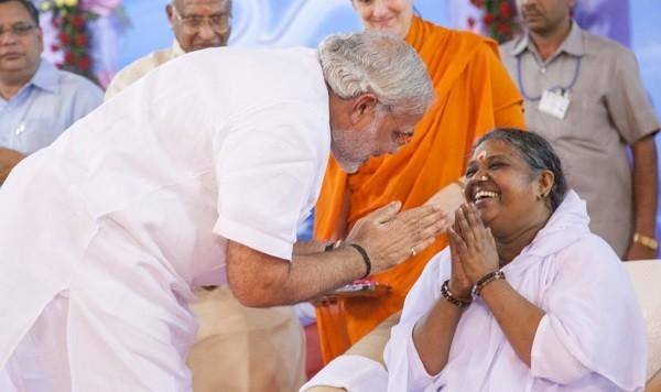 Narendra Modi with Mata Amritanandamayi
