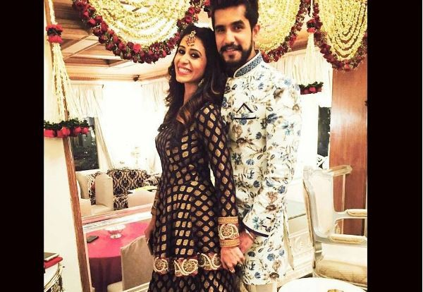 Suyyash Rai-Kishwer Merchantt wedding: Bride's industry friends celebrate bachelorette party by the pool side