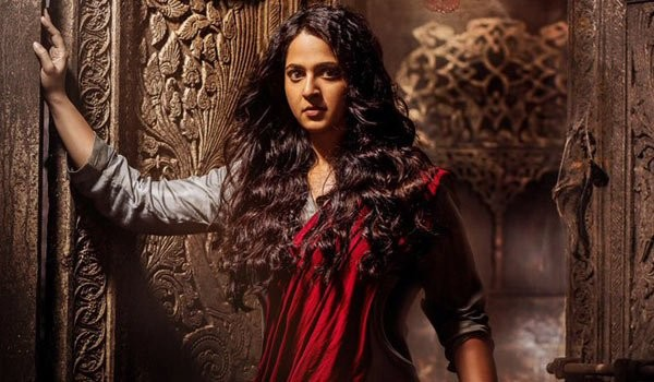 Anushka Shetty's Bhaagamathie Trailer Trends. It's Scary As Heck