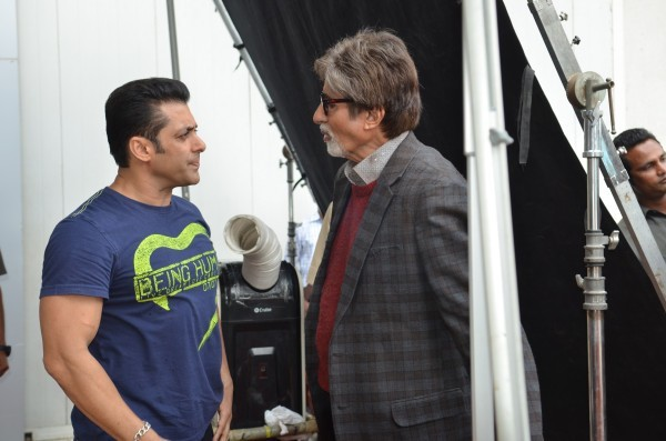 after aamir khan amitabh bachchan joins hand with salman