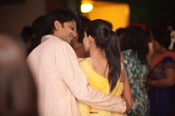 Genelia Deshmukh and Riteish Deshmukh posts this photo on their wedding anniversary on social media