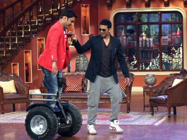 Kapil Sharma and Akshay Kumar on Comedy Nights With Kapil