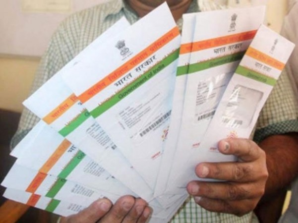 SCI Refuse To Accept West Bengal's Petition Filed Against Aadhaar Act