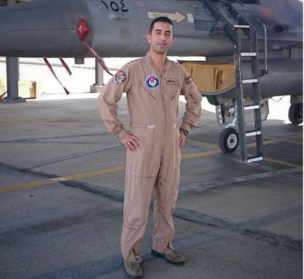 Jordanian pilot, Muath al-Kassasbeh.