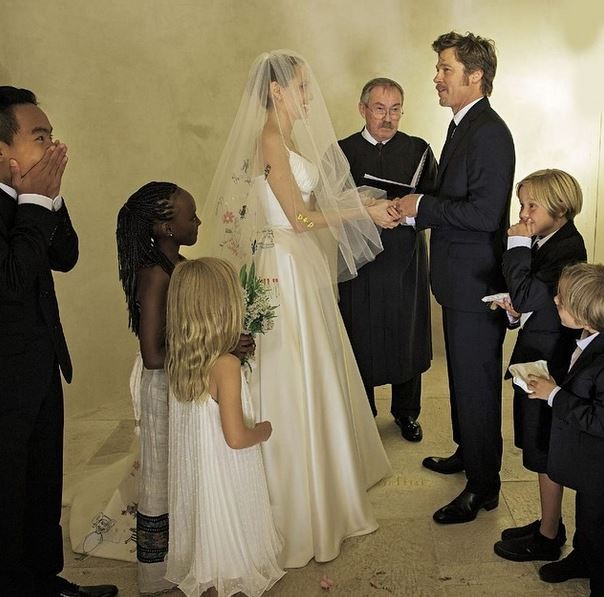 Angelina Jolie and Brad Pitt wedding