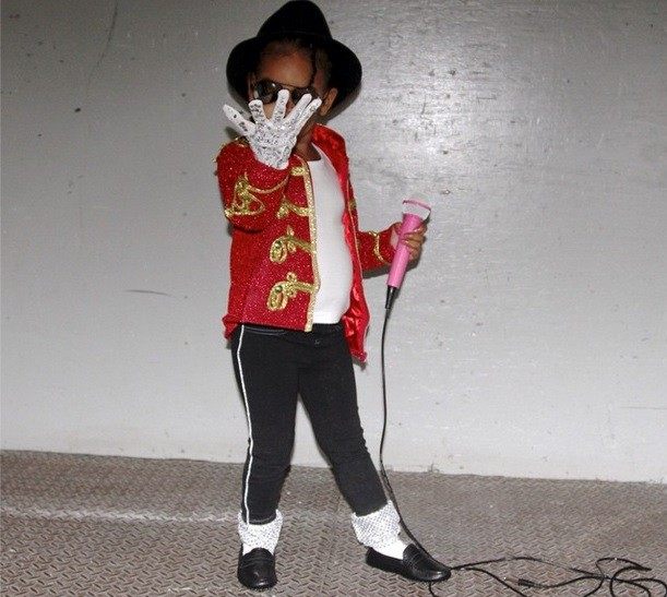 Blue Ivy dressed as the king of pop Michael Jackson