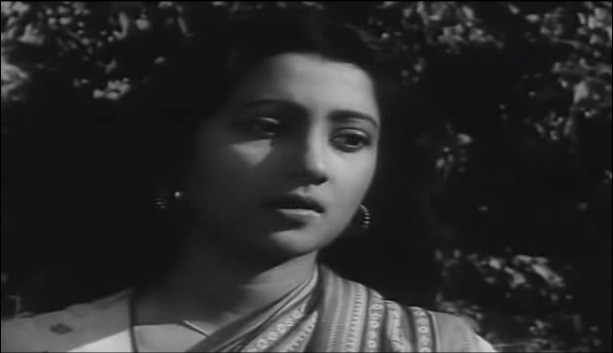 "Suchitra Sen (Screenshot from ""Devdas""/YouTube)"