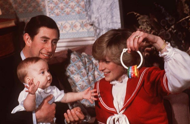 Prince William seen playing with Diana and Prince Charles