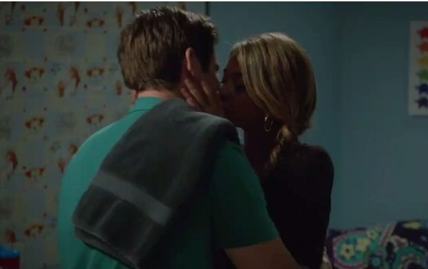 Haley and Andy's first kiss from 'Modern Family'