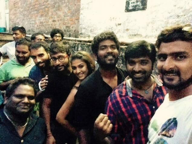 Nayanthara,Nayanthara and Vignesh Shivan Selfie,Vignesh Shivan,Nayanthara and Vignesh Shivan,Naanum Rowdydhaan,Nayanthara Selfie pics,Nayanthara Selfie images,Nayanthara Selfie photos,Nayanthara Selfie stills