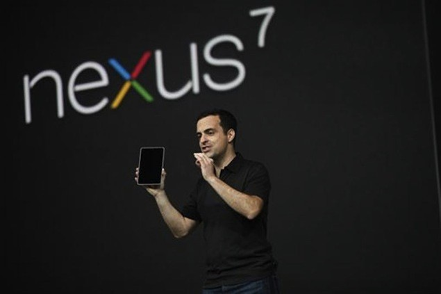 Hugo Barra director of Product Management, Android with the Nexus 7 at the launch of the device. (Credit: Reuters)
