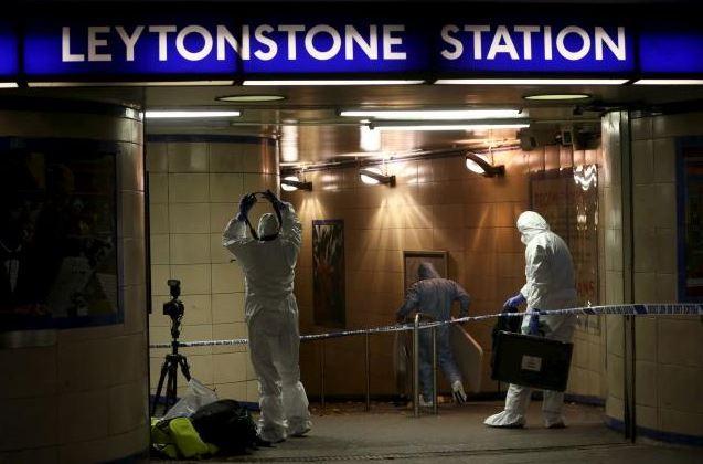 London metro stabbing incident