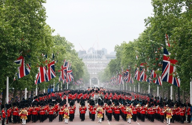 Queen Elizabeth II,Queen Elizabeth II birthday,trooping the colour photos