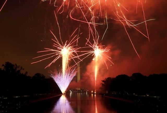 Fourth of july fireworks,Fourth of July,Fourth of July celebrations,Fourth of July photos,fireworks photos