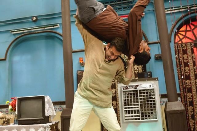Salman Khan,Salman Khan action Sequences,Salman Khan action Sequences in Bajrangi Bhaijaan,Bajrangi Bhaijaan,Bajrangi Bhaijaan movie,salman khan in Bajrangi Bhaijaan,Bajrangi Bhaijaan Action Sequences,Salman Khan in Bajrangi Bhaijaan movie,actor Salman Kh