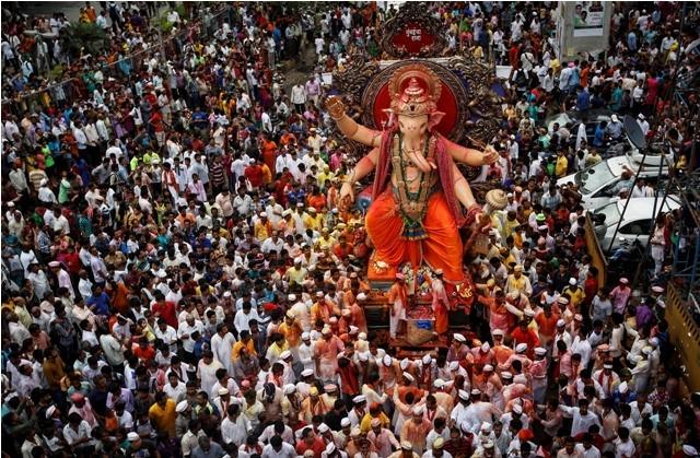 Ganesh Chaturthi celebrations,Ganesh Chaturthi photos,Vinayaka Chaturthi photos,Vinayaka Chaturthi 2015,How is ganesh Chaturthi celebrated