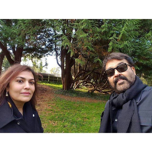 Mohanlal,Mohanlal holiday pictures,Mohanlal in london,Mohanlal recent tour photos,mohanlal suchitra trip photos