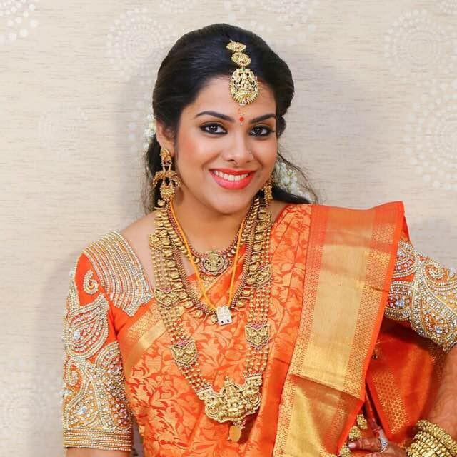 Sandhya: Kadhal Sandhya's Marriage Pictures