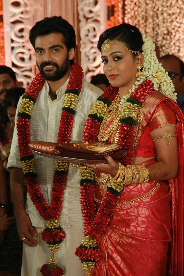 Vijayaraghavan's son,Vijayaraghavan's son wedding,Vijayaraghavan's son Devadevan,Devadevan wedding,Devadevan marriage photos,Devadevan wedding gallery