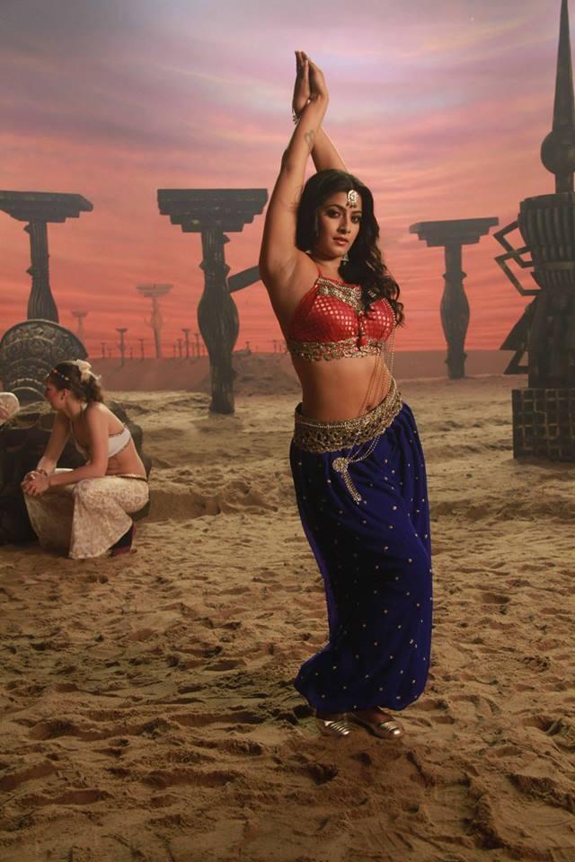 Varalaxmi Sarathkumar,actress Varalaxmi Sarathkumar,Varalaxmi Sarathkumar new pics,Varalaxmi Sarathkumar new images,Varalaxmi Sarathkumar new photos,Varalaxmi Sarathkumar new pictures,Varalaxmi Sarathkumar new stills