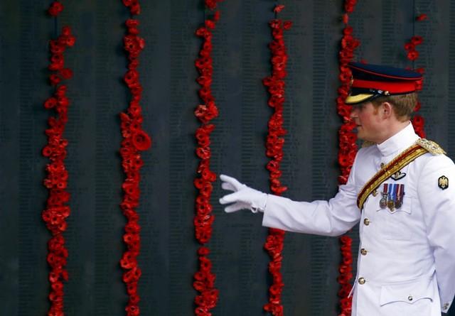 Prince Harry,Prince Harry in australia,Prince Harry australian army,Prince Harry australia visit photos,Australian Army