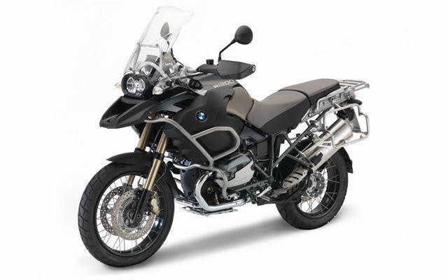 bmw s1000r goes on sale in india price availability details. Black Bedroom Furniture Sets. Home Design Ideas