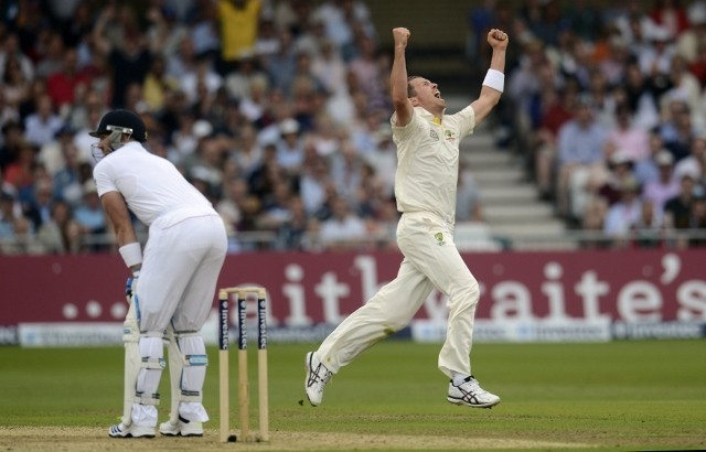 Australia fast bowler Peter Siddle celebrates after picking up the wicket of England batsman Matt Prior in their Ashes Test, July 10, Reuters